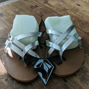 Volcom silver new school sandals